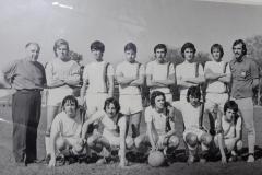 Padre Cofreses y el equipo de fútbol